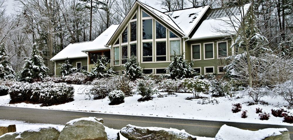 keeping siding protected winter