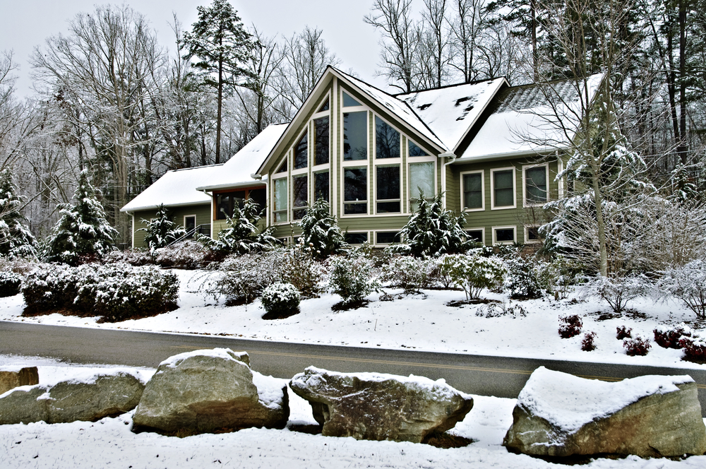 Keeping Siding Protected During Winter Dti